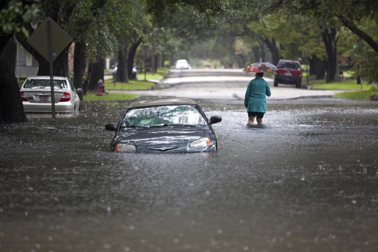 USCIS Alerts Customers Affected by South Carolina Floods to Available Immigration Relief